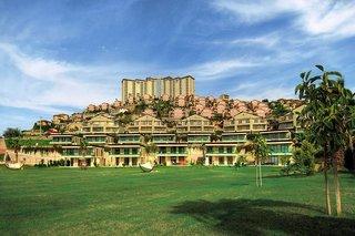 Goldcity Hotel
