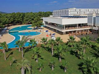 Solaris Beach Resort - Hotel Ivan