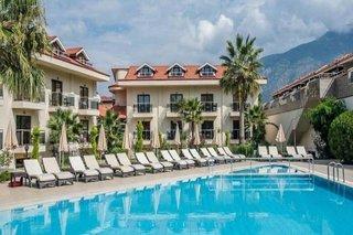 Han Deluxe Hotel & Suites
