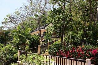 all seasons Naiharn Phuket Hotel