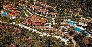 Montana Pine Resort Hotel