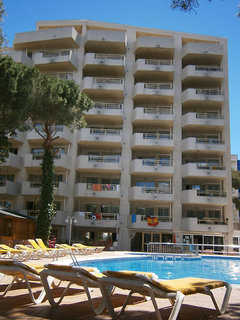 Almonsa Playa Aparthotel