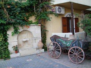Lili Hotel