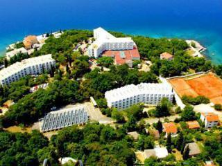 Omisalj - Hotel Adriatic