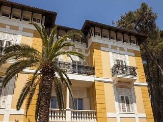 BOUTIQUE HOTEL ALHAMBRA - Mali Lošinj