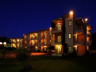 Notos Heights Hotel & Suites
