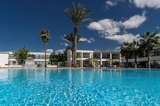 Royal Blue Paphos Hotel & Spa