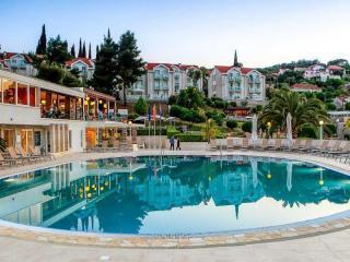 Kalamota Island Resort (ex: Kolocep Villas)