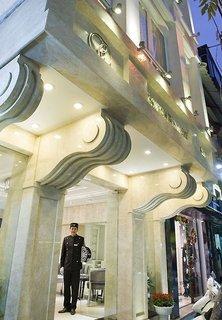Church Boutique Hang Ca