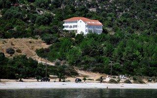 Filoxenia Hotel & Apartments
