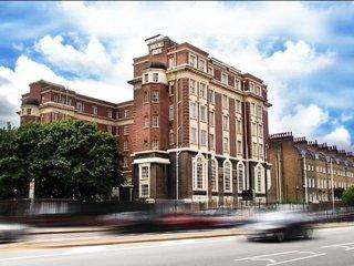 RestUp London Hotel