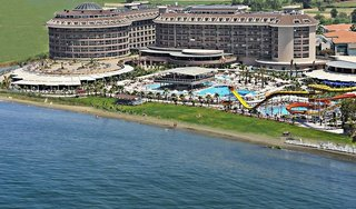 Sunmelia Beach Resort