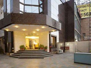 Hotel Aura IGI Airport