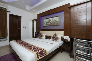 Hotel Sai Dham International