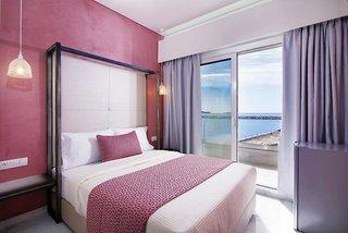 Molos Hotel
