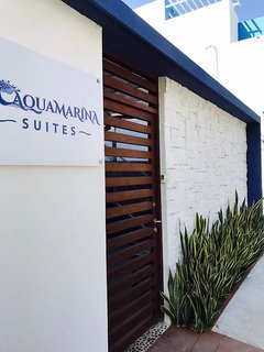 Aquamarina Suites