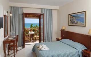 Hotel Cactus Beach 4*