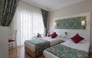 Hotel Alaiye Kleopatra 4*