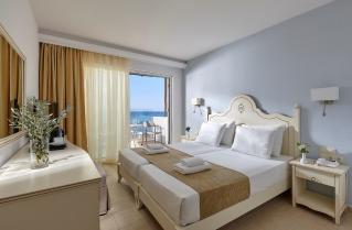 Hotel Alexander Beach 4*