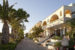 Marinos Beach Apartments