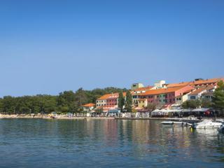 Njivice Resort - Jadran