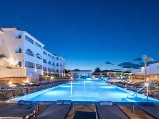 Azure Resort & Spa (ex: Mediterranee)