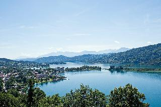 Predbožična pravljica ob Vrbskem jezeru