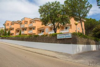 Universal Apartamentos Laguna Garden