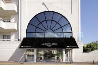Augusta Club