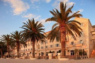 Riva Hvar Yacht Harbour Hotel (ex: Riva Yacht Harbour)