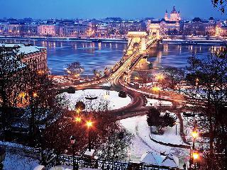 Praznična Budimpešta