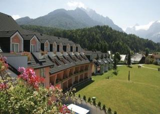 HOTELI 4*