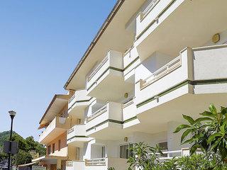 Apartamentos Massanet
