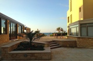 Iperion Beach Hotel