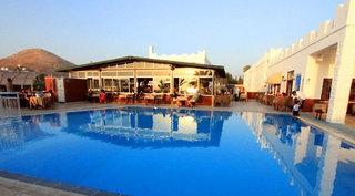 Sun & Sea Beach Hotel