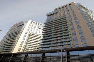Platinum Towers by Platinum Residence