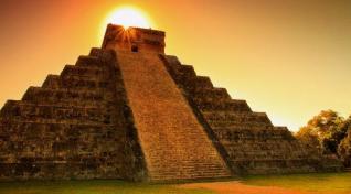 Med Azteki in Maji