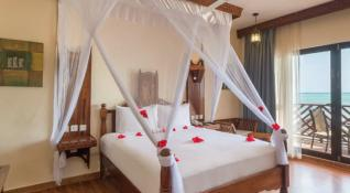 Hotel DOUBLETREE RESORT BY HILTON ZNZ 4* STD 1/2 morska stra, POL -  Zanzibar -  čarter iz Ljubljane
