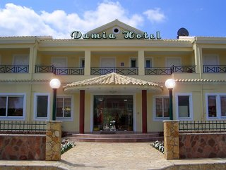 Damia Hotel & Apartments
