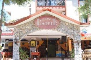 Club Dante Apartments