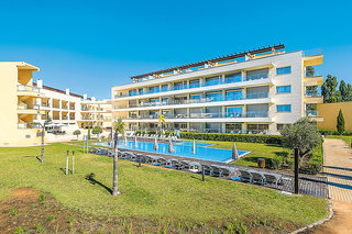 Laguna Golf Apartments & Villas
