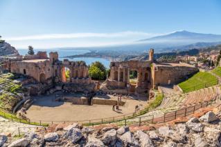 Sicilija, od Grkov do Botra, od agrumov do mandljev