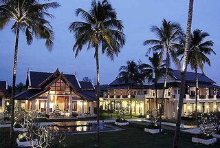 Apsara Beachfront Resort