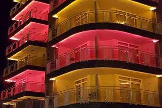 Carmen Suite Hotel