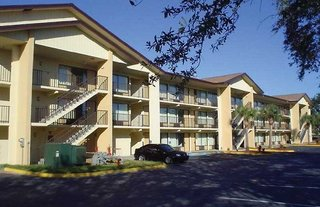 Baymont Inn & Suites Kissimmee
