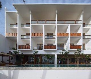 Riff Hikkaduwa Resort