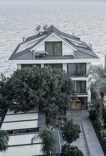 Cap D'Perge Hotel